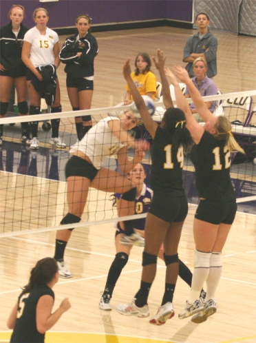 Athenas Fall to Regals of Cal Lutheran 3-1