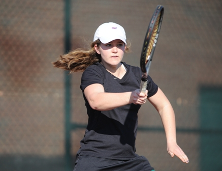 Tennis Team Advances to ODAC Semifinals