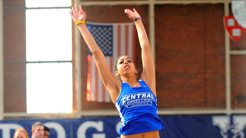 Saunders Named NEC Field Athlete of the Week