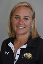 Wray enters her second season at the helm of the Retrievers