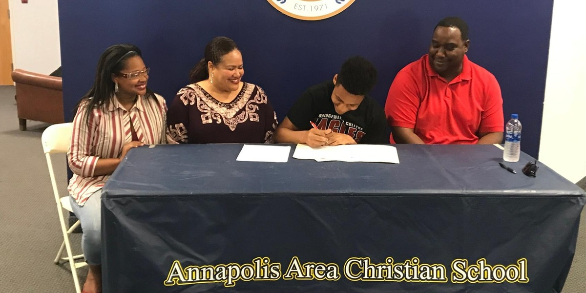 Isiah Williams Signs With Bridgewater College
