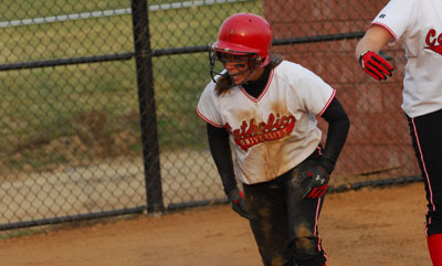 Softball Sweeps Scanton, 7-1, 15-3