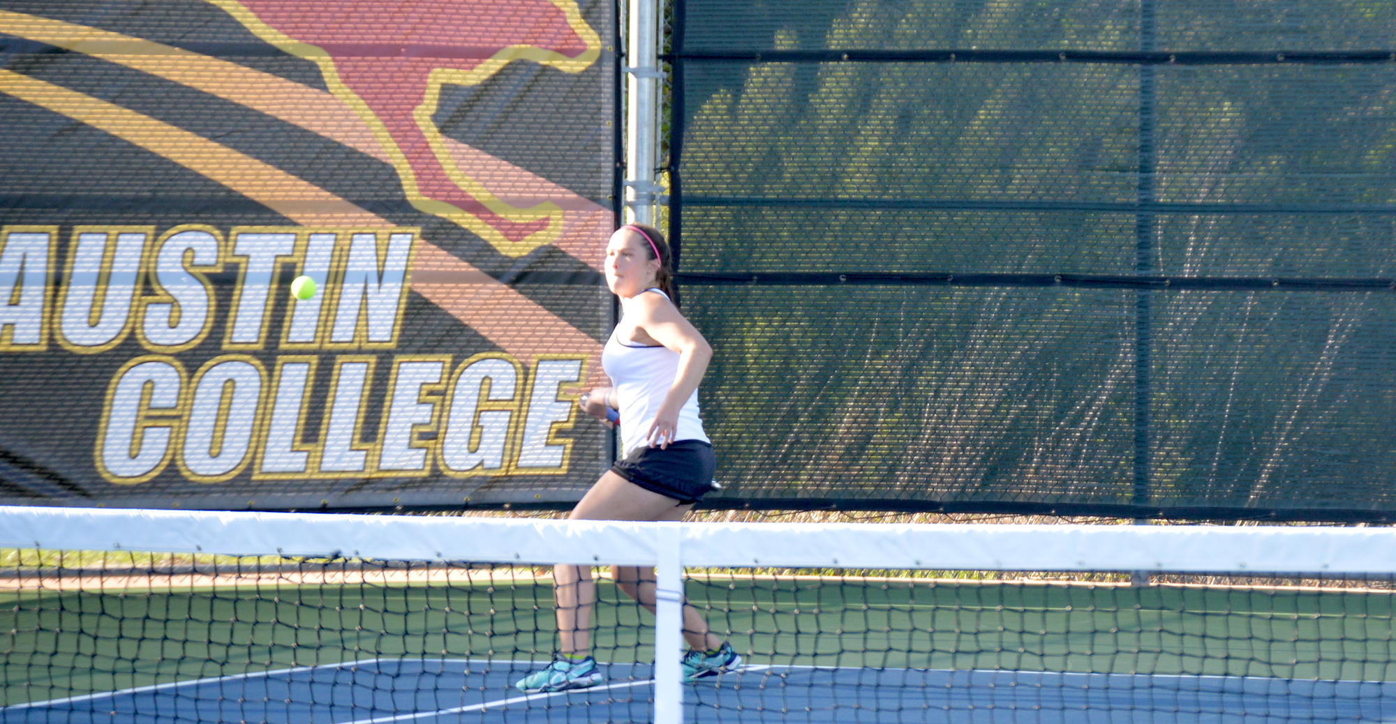 UW-Eau Claire Defeats Women's Tennis 8-1