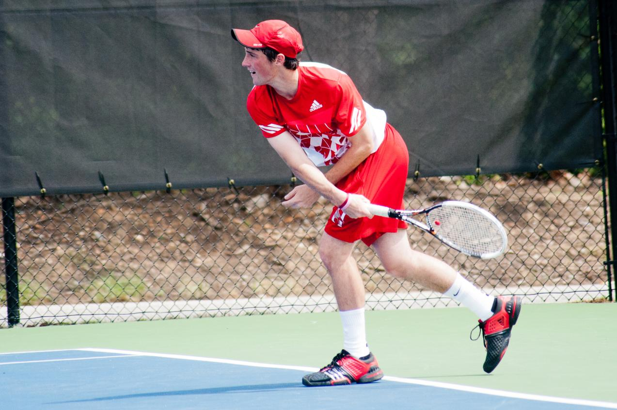 Huntingdon men's tennis knocks off Spring Hill