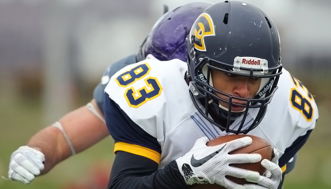 Blugolds finish season with loss on the road at UW-Whitewater