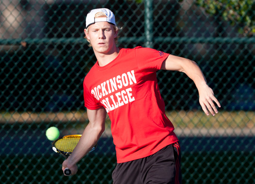 Chris Mueller-Wolf earned a singles win against Millsaps College, claiming the third flight, 6-2, 6-1<BR>