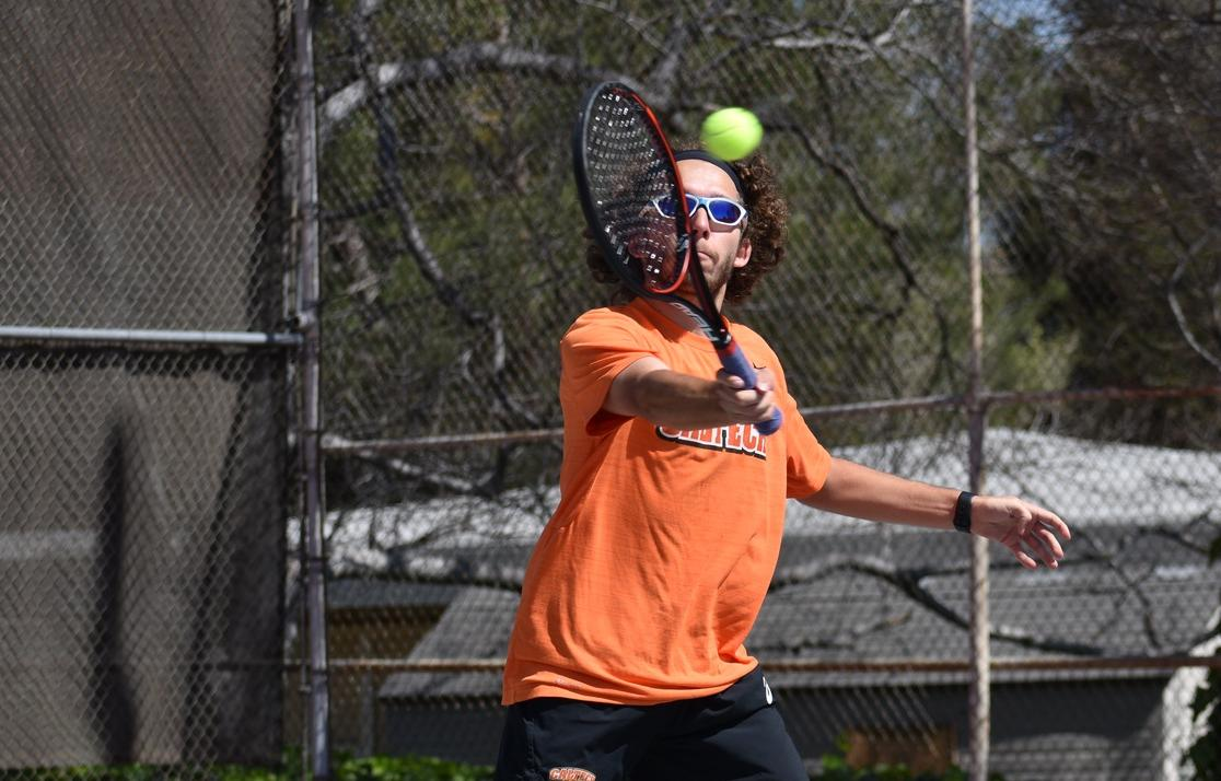 Valencic Wins Fifth Straight for Men's Tennis