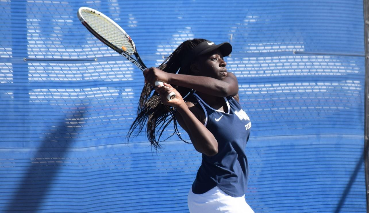 Women's tennis team players stand out at Ojai to finish season