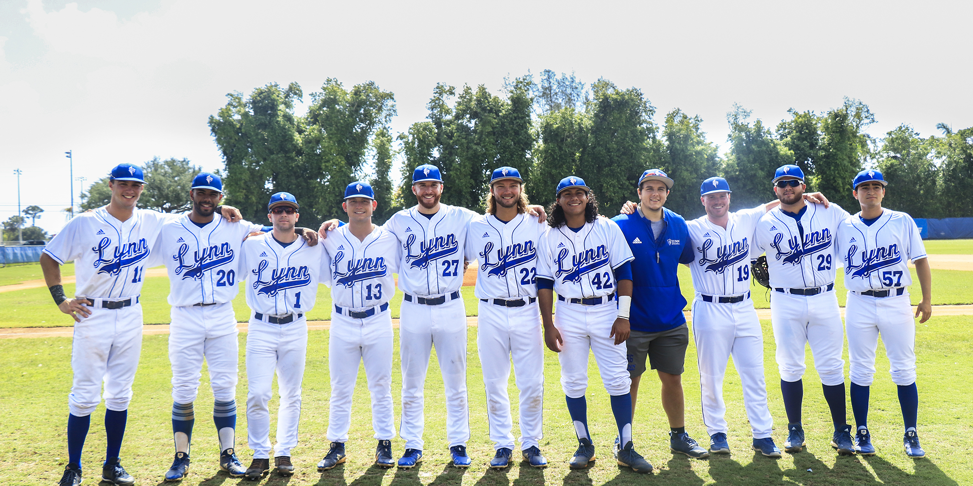 Danza, Martinez Make for Memorable Senior Day for Lynn Baseball
