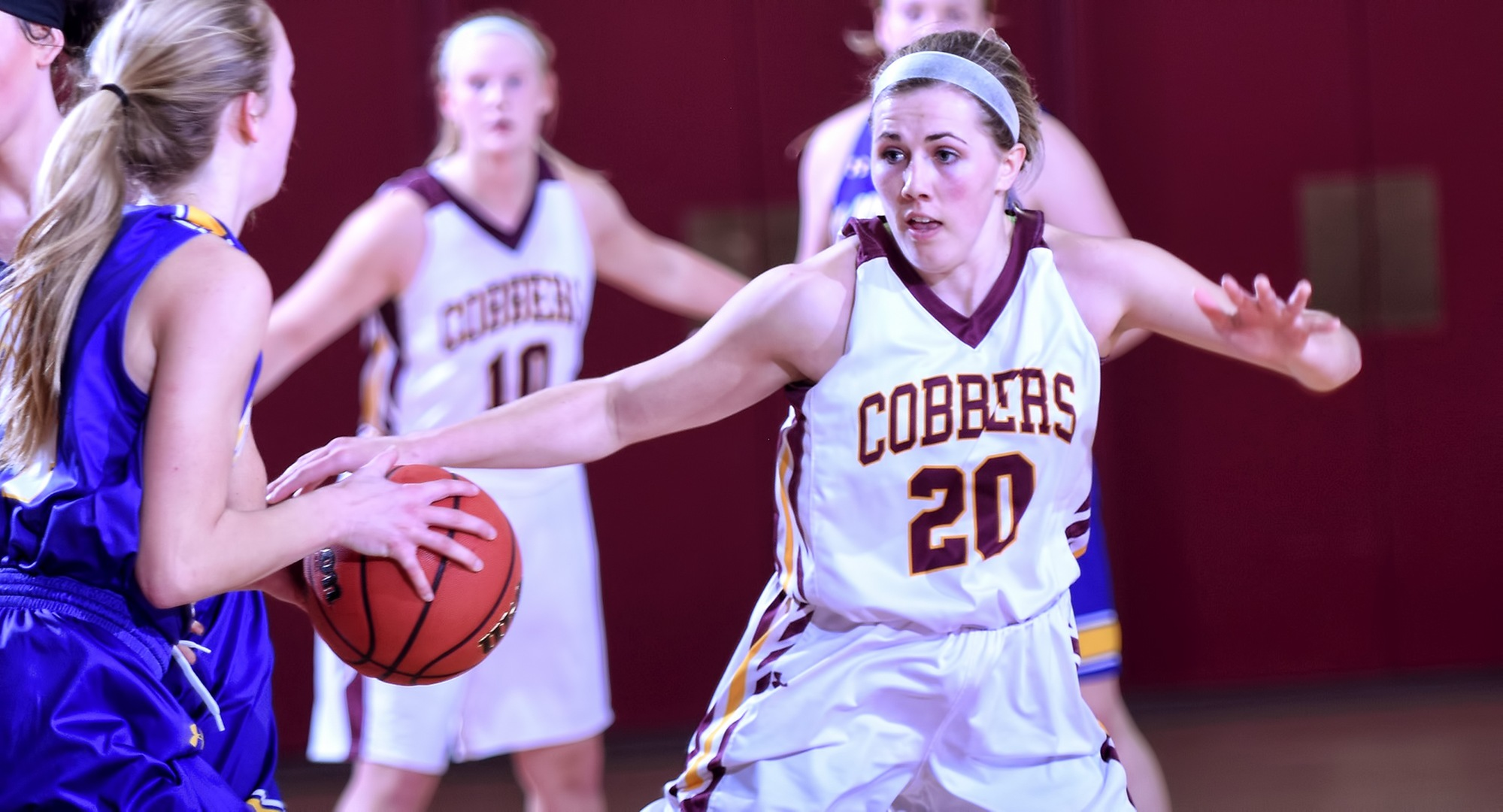 Freshman Emily Beseman had a game-high 21 points and added four rebounds and two assists in the Cobbers' game at St. Thomas.