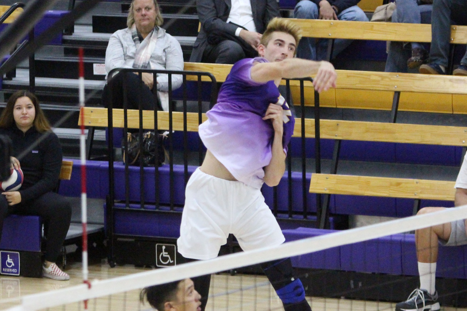 Andrew Reina tallied eight kills as the Kingsmen defeated the Arcadia Knights 3-0. (Photo: Danielle Roumbos)
