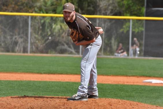 Baseball Team Defeats Bluffton, 3-1