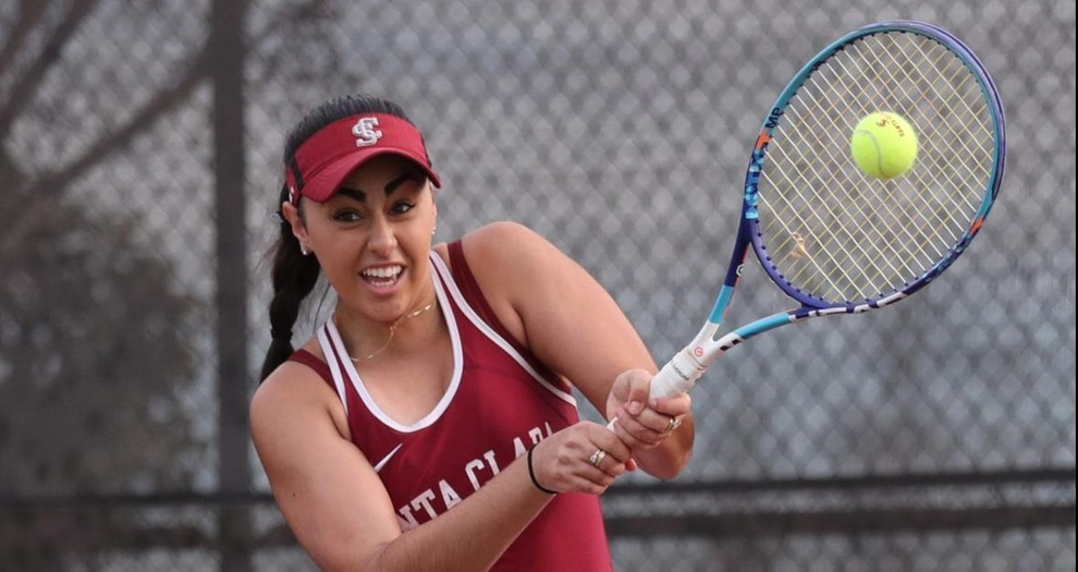 Women's Tennis Shut Out by Saint Mary's, 4-0