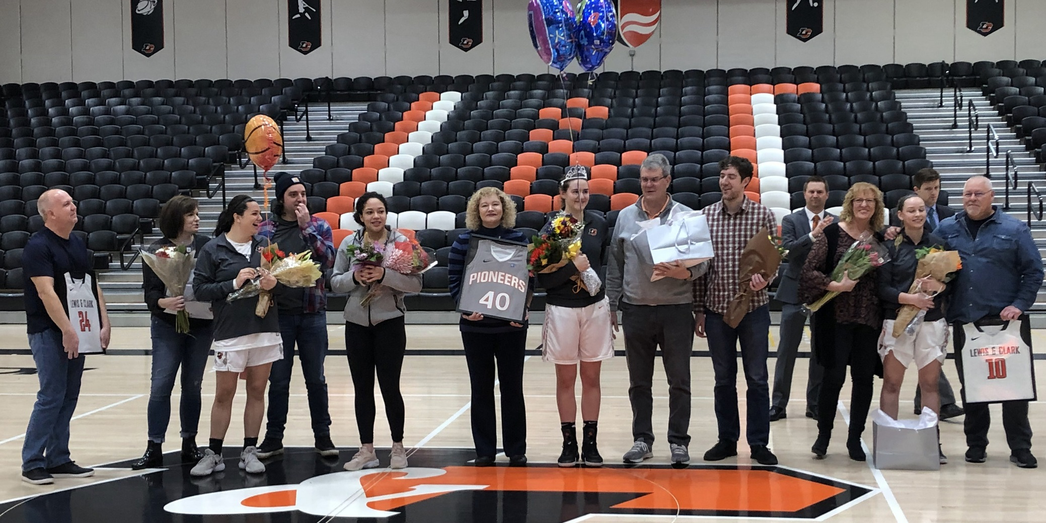 Four Pioneers end home career on Senior Day