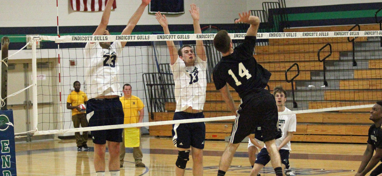 Season-Best Blocking Effort Helps Endicott to Win over Newbury