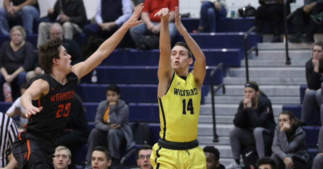 Wolverines hit 12 from deep in win over No. 13 Warriors