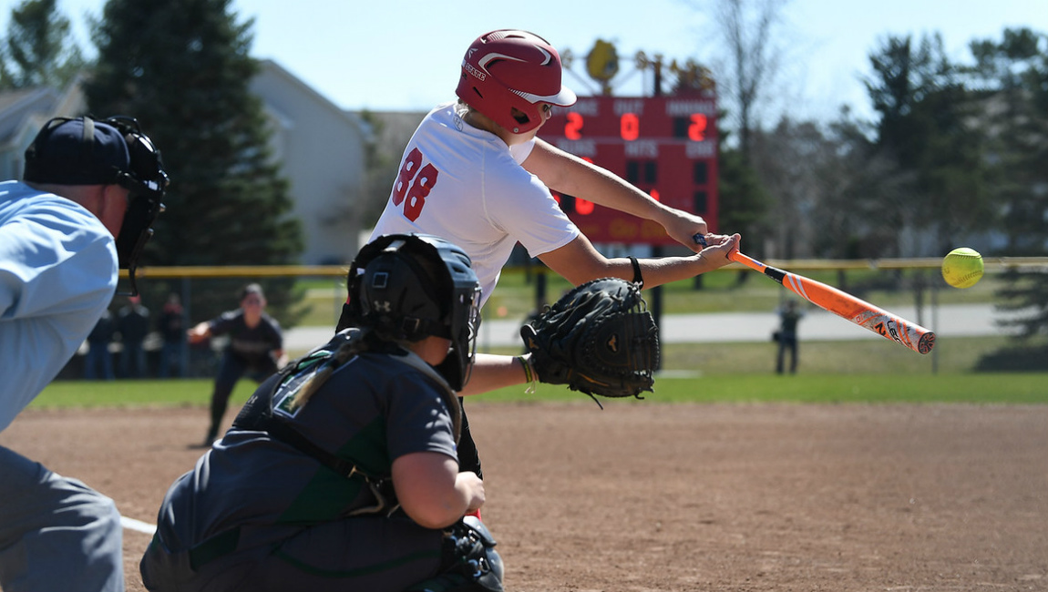 Ferris State Posts Decisive Win Over #23 SVSU In Nightcap To Earn League Split Friday