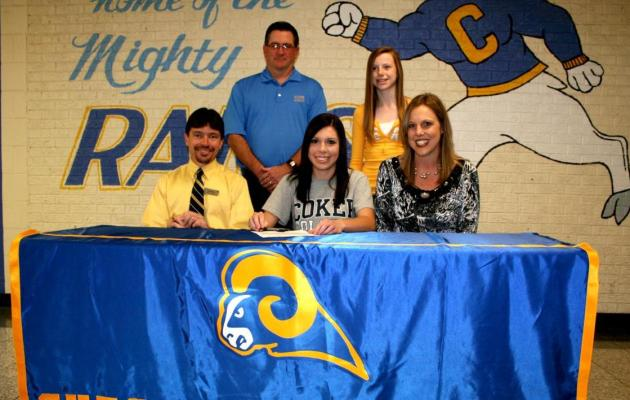 Coker Women's Golf Signs Chesterfield's Demby During Early Period