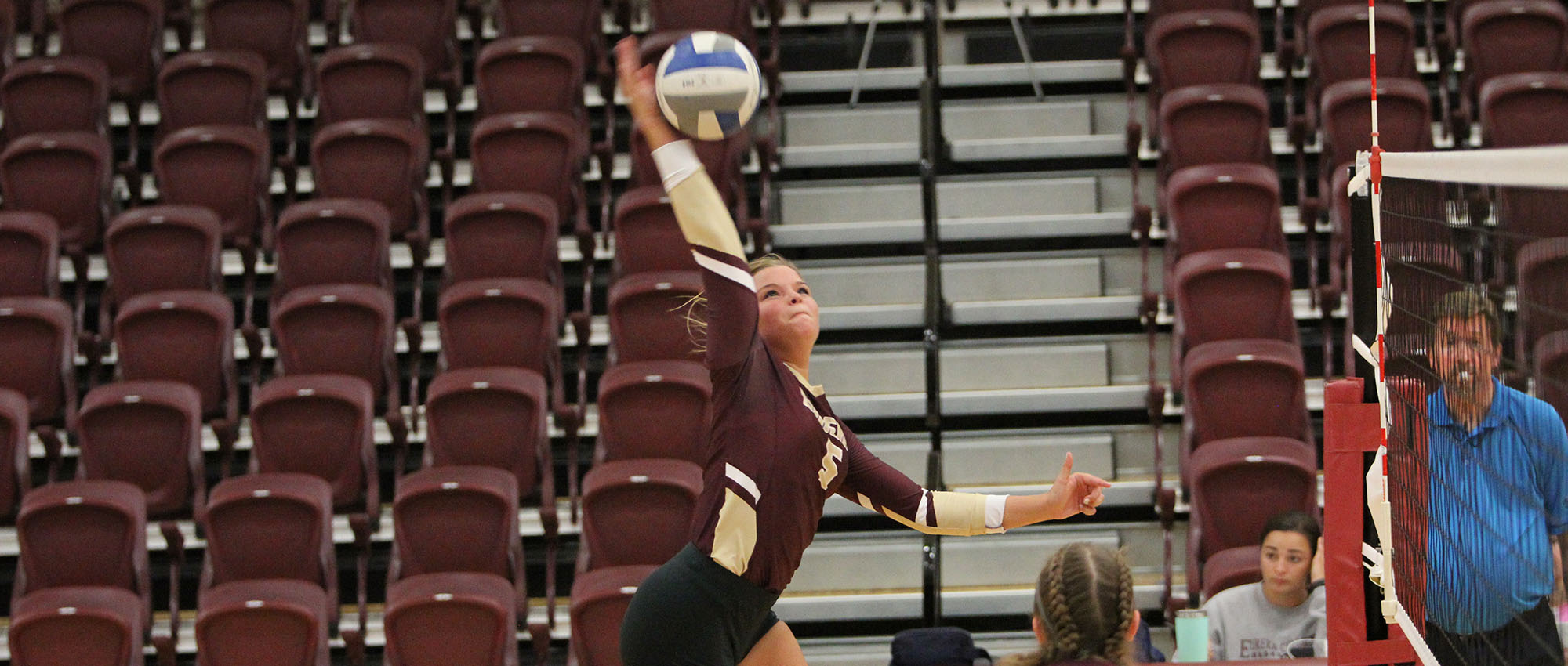 Fontbonne Stops EC Volleyball in Straight Sets