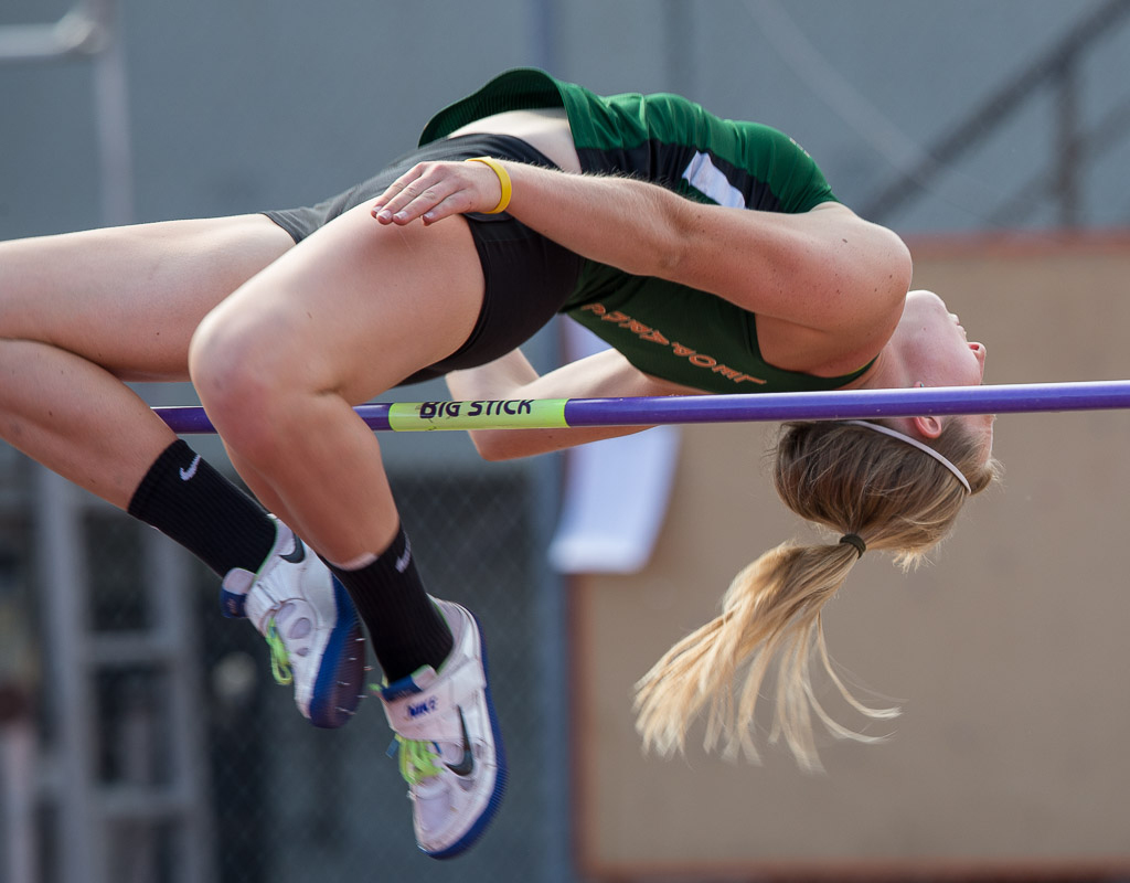 Jumpers impress at Rossi Relays