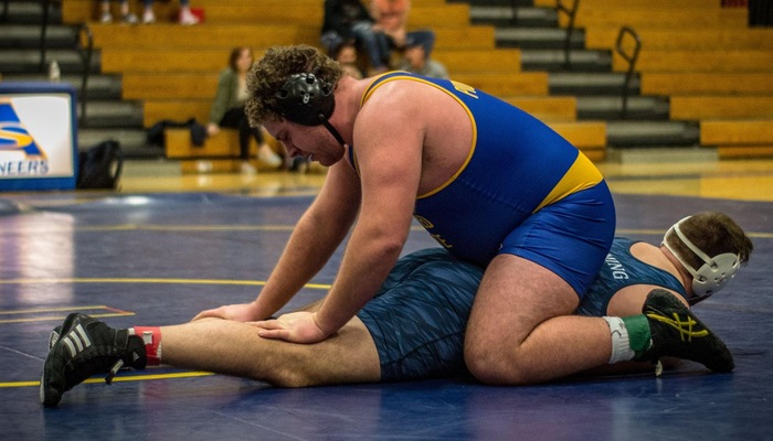 Mattison takes him to the mat