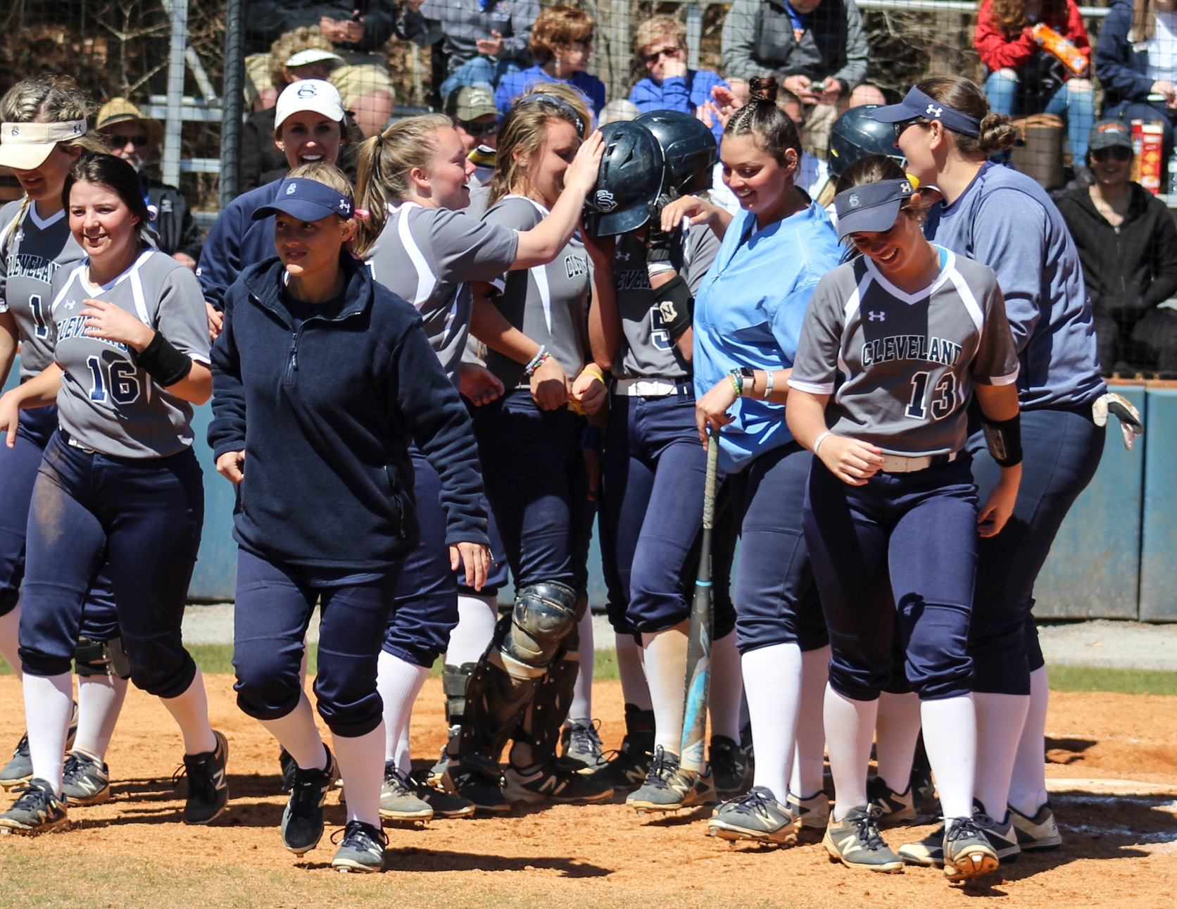 Lady Cougars Split With Lady Tigers Saturday