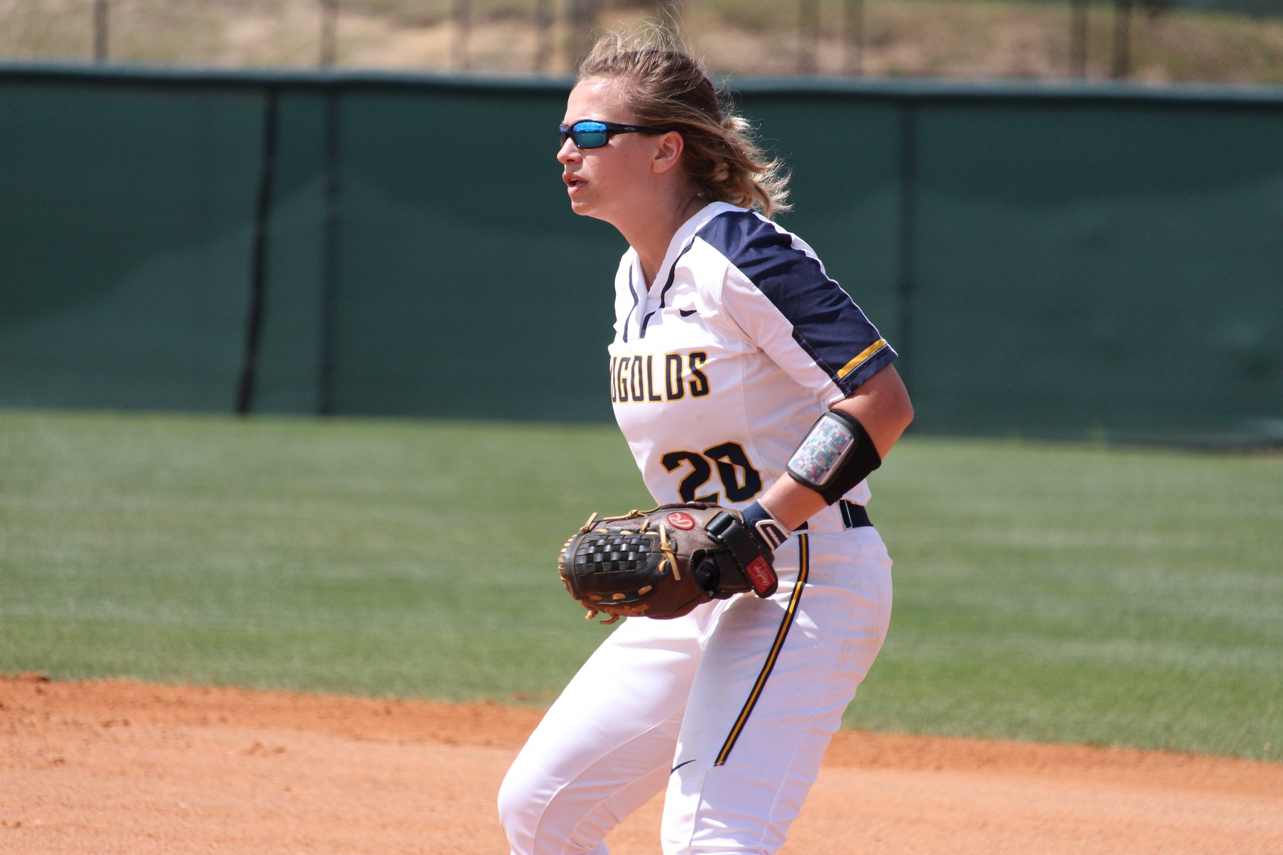 No. 21 Blugolds record another WIAC split