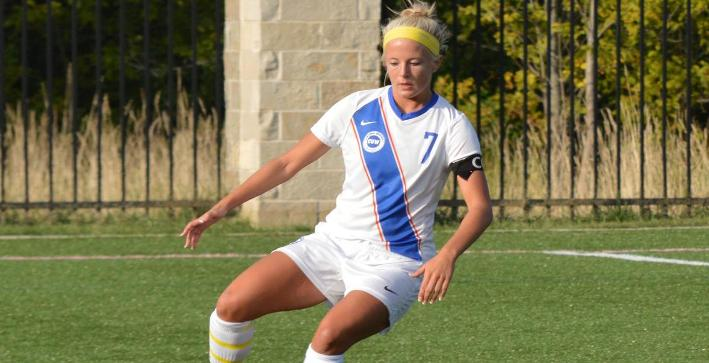 Women's Soccer edged by Lake Forest in season opener