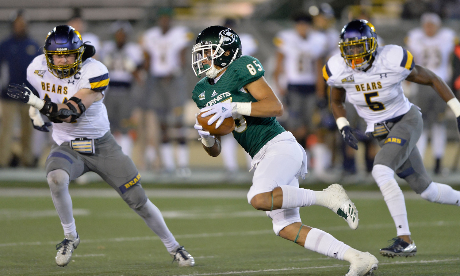 FOOTBALL SEES EARLY LEAD SLIP AWAY IN LOSS AT SOUTHERN UTAH