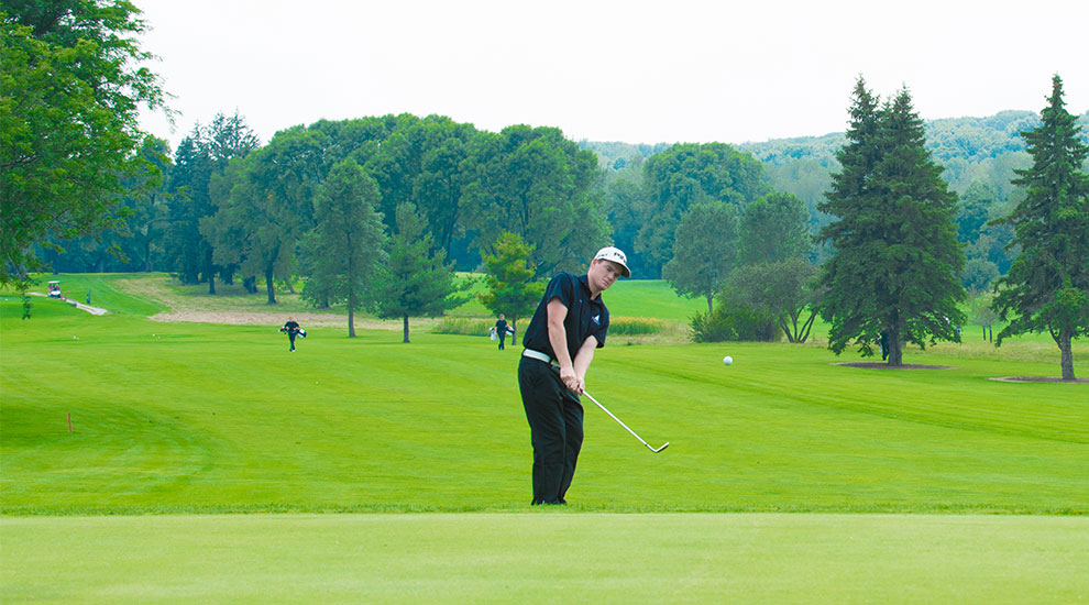 Photo for Kirkwood golfers lead Blue Boy Invite