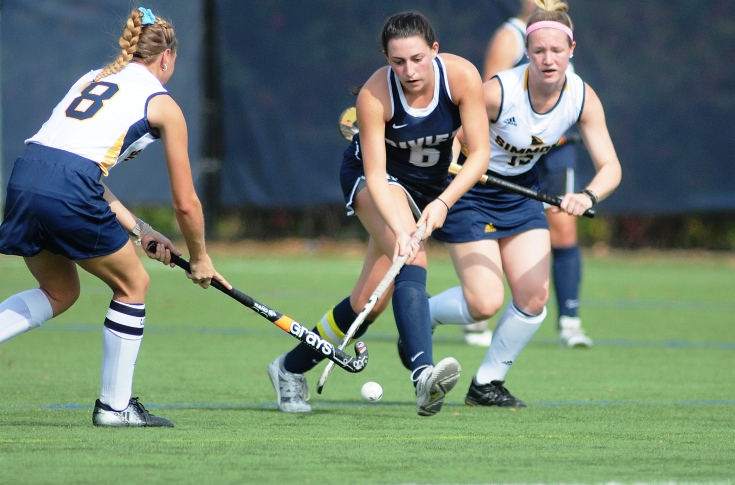 Field Hockey: Roth's hat-trick propels Raiders past Becker