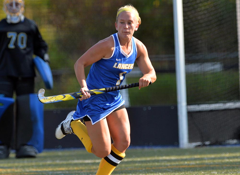 Worcester State Outlasts Clark in Non-Conference Battle, 4-2