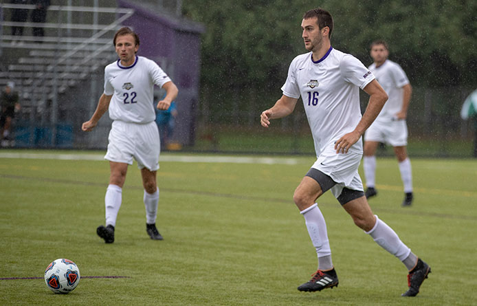 Men's Soccer Falls at No. 19 Southern New Hampshire, 3-1, in Season Finale