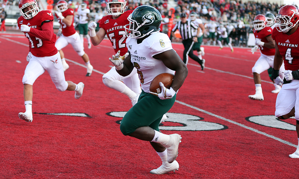 FOOTBALL  OUTGUNNED BY No. 9 EASTERN WASHINGTON, 52-31
