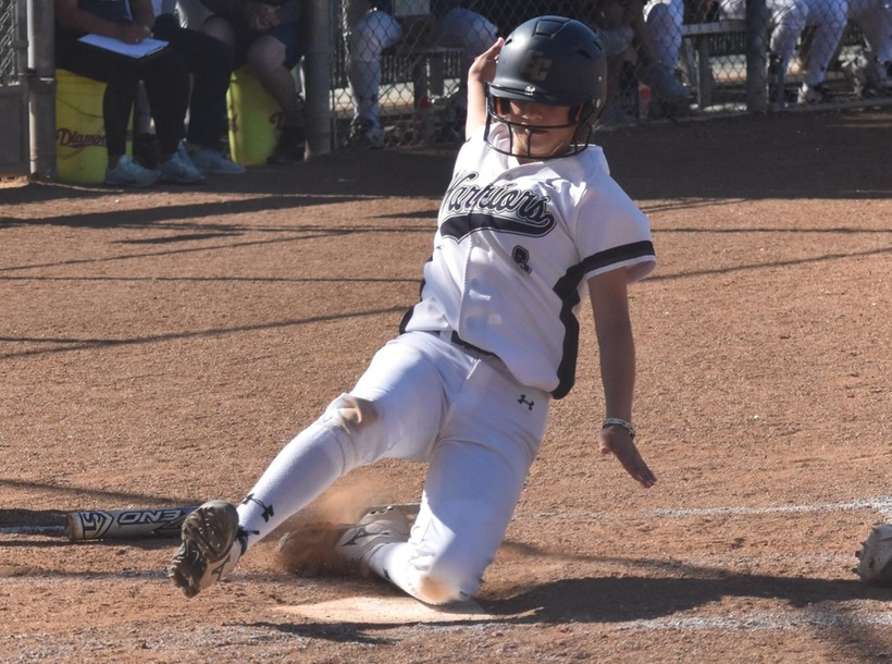 Softball Secures Tenth Straight Win