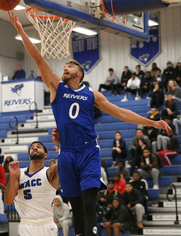Parker Hazen and his Iowa Western Reiver teammates won their 10th game of the season and swept the season series with Southeast (NE) with a 80-71 road victory Tuesday (12/4/18) night.