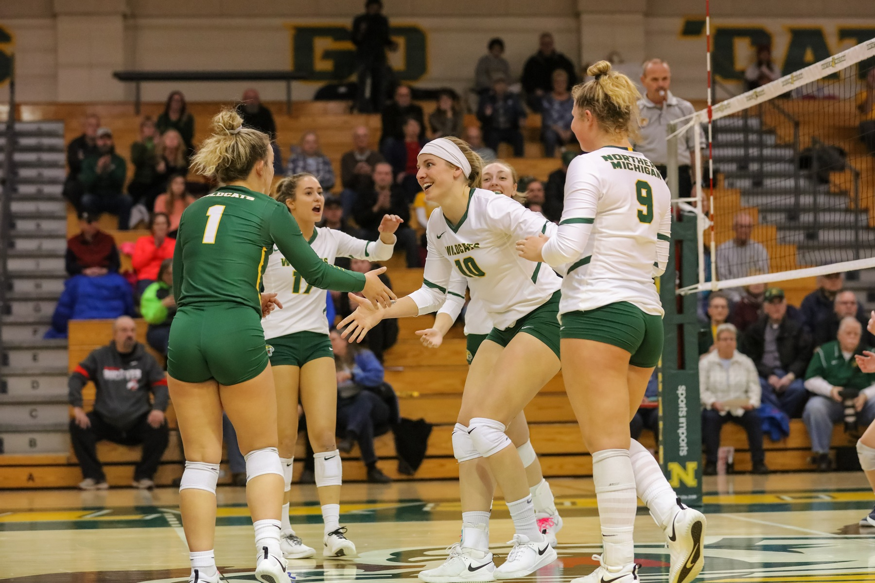 NMU Volleyball Sweeps LSSU In Regular Season Finale