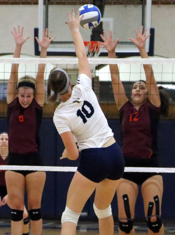Emory & Henry Volleyball Blanks Roanoke, 3-0, Friday Evening In ODAC Action