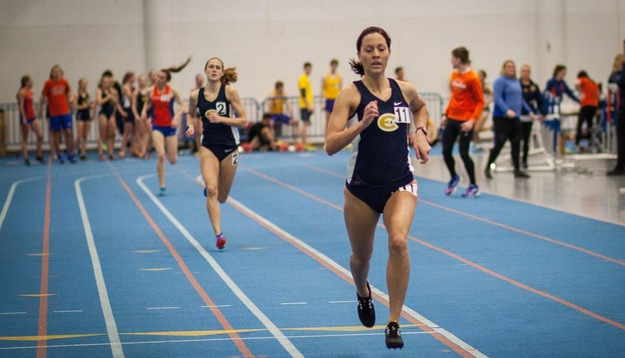 Women's Track & Field wins UW-Platteville Triangular, Men finish 2nd