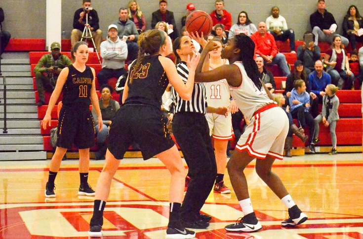 Women's basketball team loses to Calvin, 79-25