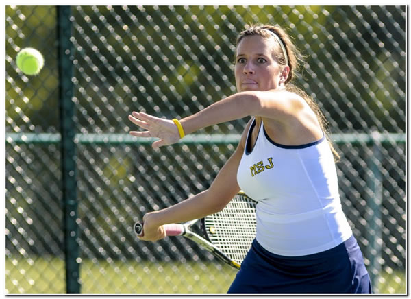 Lions' women's tennis continues winning ways with home victory