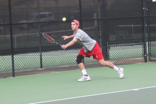 Huntingdon men's tennis beats Berry