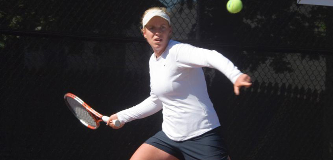 #2 Women's Tennis Takes Two on Wednesday; Will Play Temple on Friday