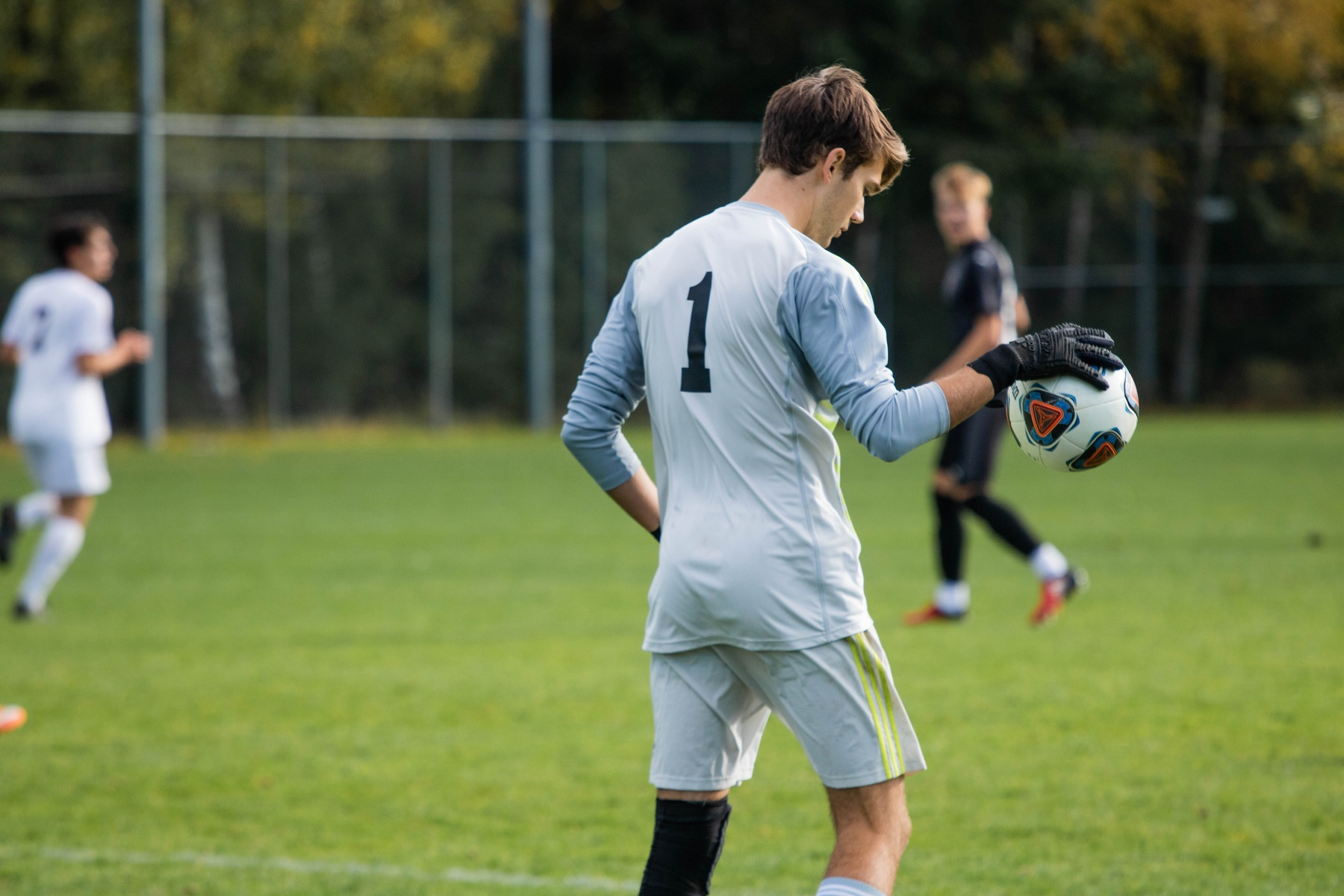 Men's soccer falls, 2-0, to Whitworth