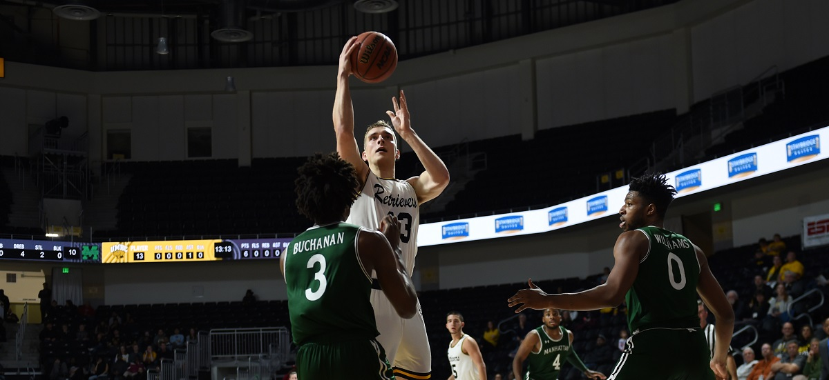 Jackson and Sherburne Lead Men's Basketball Past New Hampshire for Fourth-Straight Win