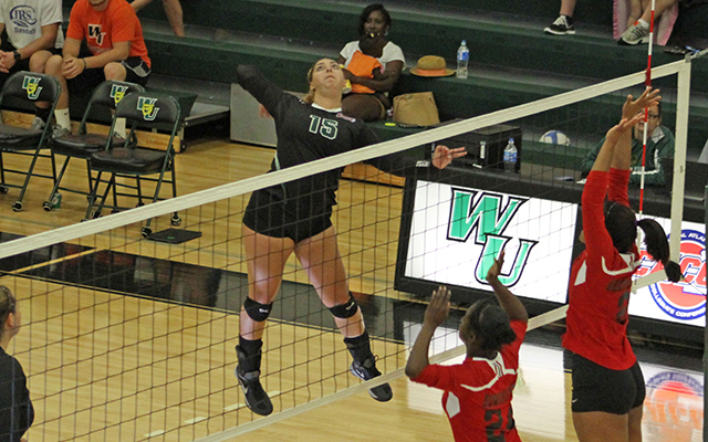 Kaitlin DiGiacinto Breaks Program's Kill Record as Wilmington Volleyball Takes Down Kutztown in Four Sets
