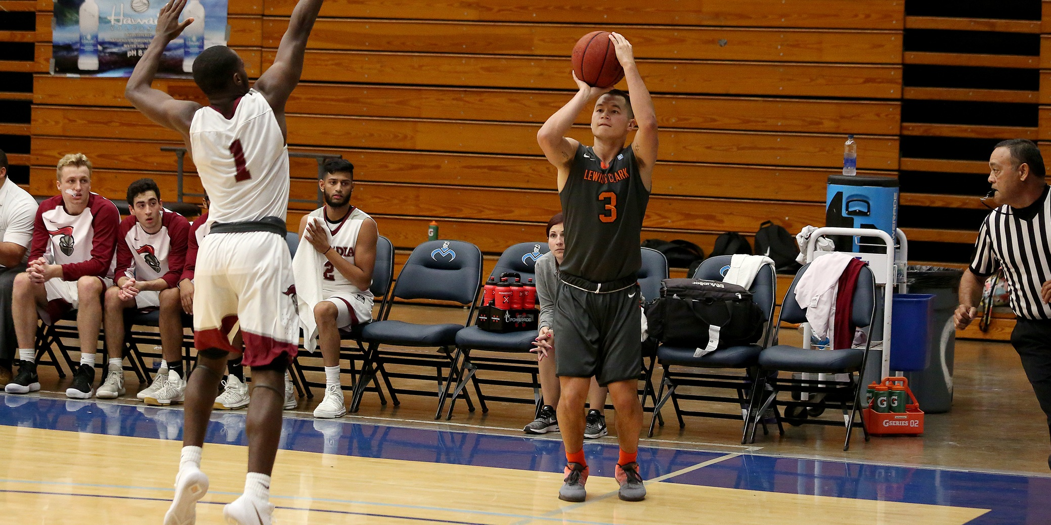 Lewis & Clark extends their win streak to three games