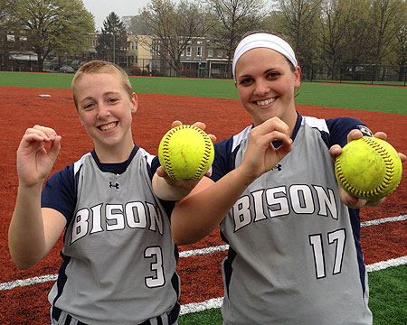 Gallaudet softball no-hits Trinity club team twice in one day