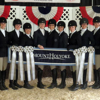 Riding Claims Fourth Place at IHSA National Championships
