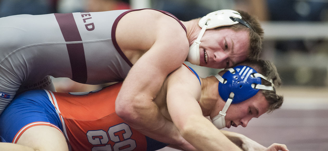 Wrestling Bests North Central, Falls To No. 3 Augsburg and TCNJ at NWCA National Duals